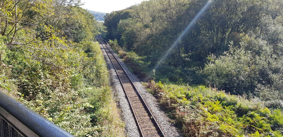 The railway running almost alongside the Cromford Canal.